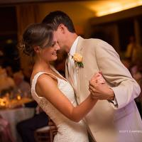 Dance the night away in the Grand Ballroom of the Corral de Tierra Country Club after your wedding.